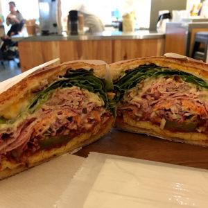 表参道のトーストサンドイッチのお店 バンブーの定番サンド、試す価値あり!
