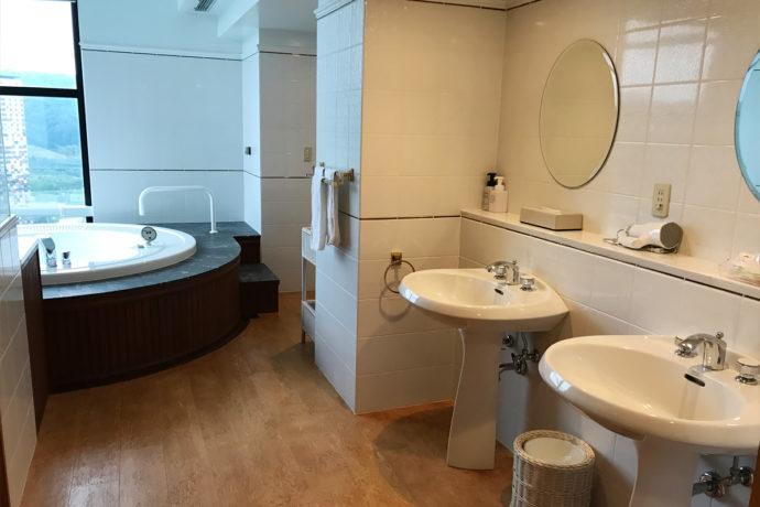 リゾナーレトマム バスルーム